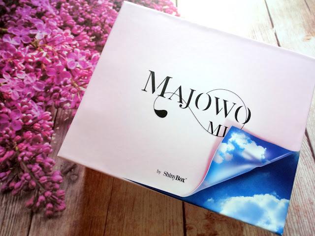 ShinyBox 'Majowo mi'