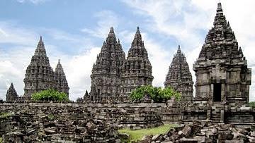 Perkembangan Tradisi Hindu-Buddha