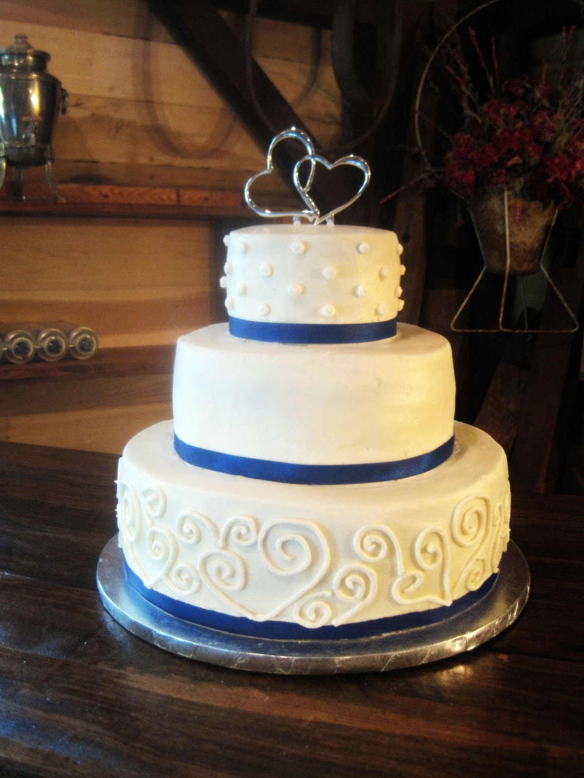 Have a Piece of Cake: A Beautiful Country Wedding Cake - photo#39