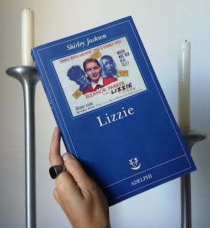 Lizzie Shirley Jackson Recensione no spoiler felice con un libro
