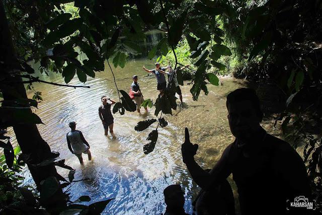 sungai dua air terjun jukong dusun baak kemoyuk kec nanga mahap kab sekadau - kaharsan