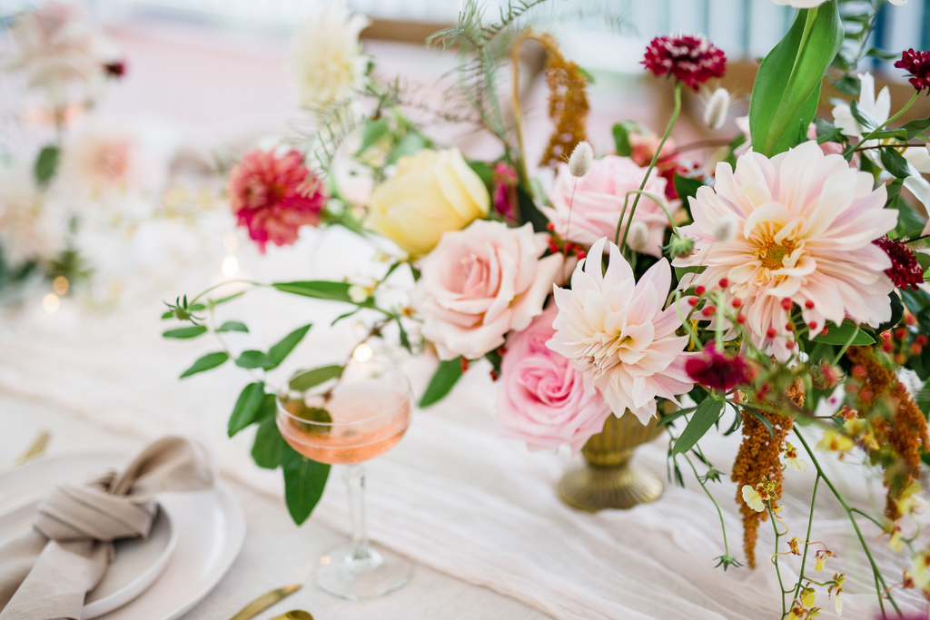 TO THE AISLE AUSTRALIA - SUNSHINE COAST WEDDING FLORALS