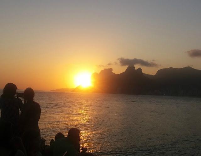 Onde ficar no Rio de Janeiro? Adagio Aparthotel Ipanema - pôr do sol no Arpoador