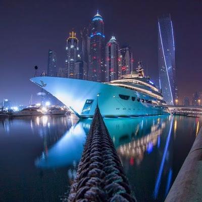 Yacht in Dubai