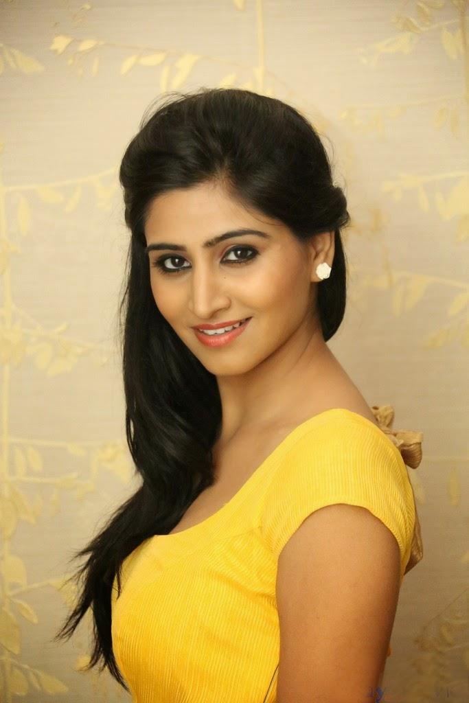 Hot Indian Actress Rare HQ Photos: Hottest Telugu Actress