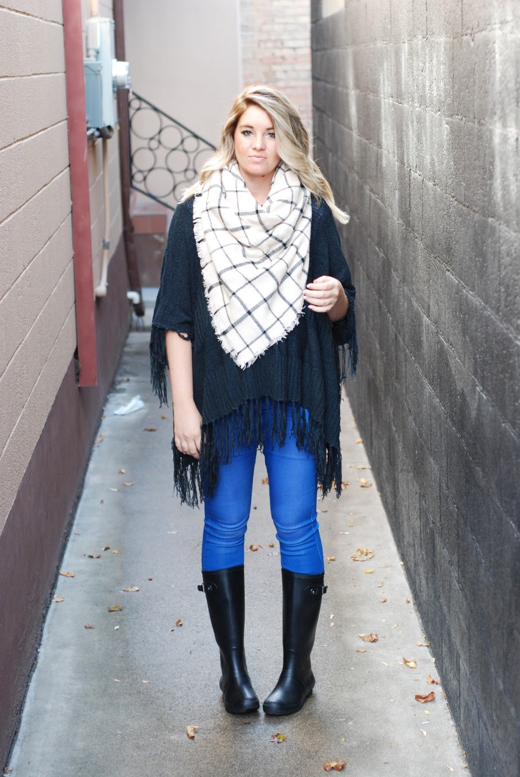 Rainy Day Outfit, Fall Outfit, Layered Outfit, Fashion Blogger