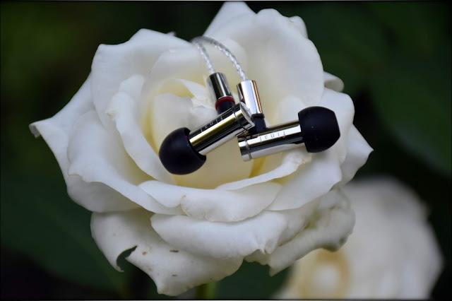 Final Audio E5000 IEMs In-Ear Monitors Earphones Review