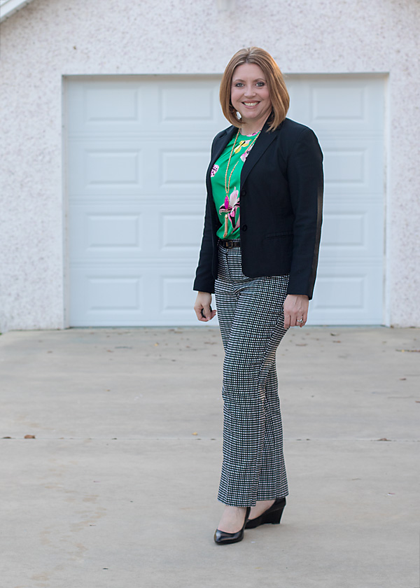 pattern mixing office outfit
