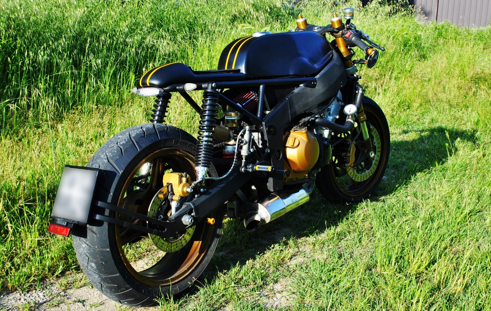 kawasaki zx6r old school cafe racer | 99garage | cafe racers
