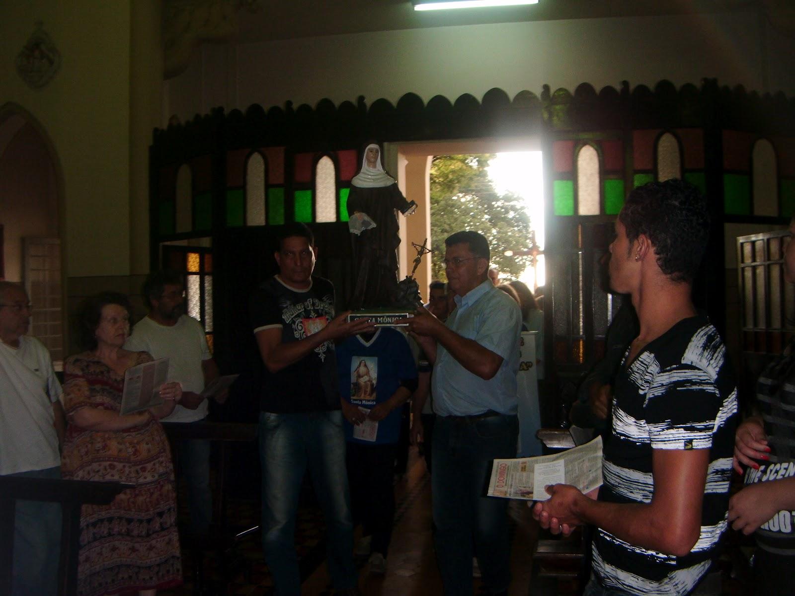 Associação de Mães Santa Mônica: Dia 27/11/2011 – Missa de