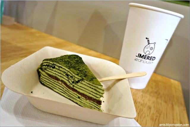 Tarta de Crepes de Matcha y Anko en el LimeRed Teahouse