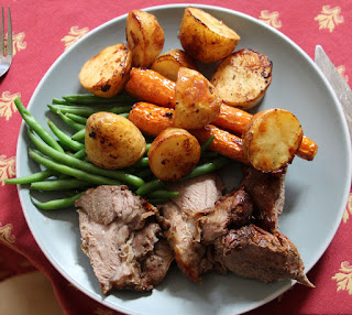Roast lamb, roast spuds and carrots, and beans. Nom!