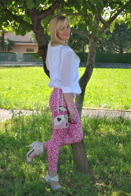 outfit bianco come abbinare il bianco abbinamenti bianco outfit primaverili outfit marzo 2017 mariafelicia magno fashion blogger colorblock by felym fashion blog italiani fashion blogger italiane blogger italiane di moda blog di moda influencer italiane