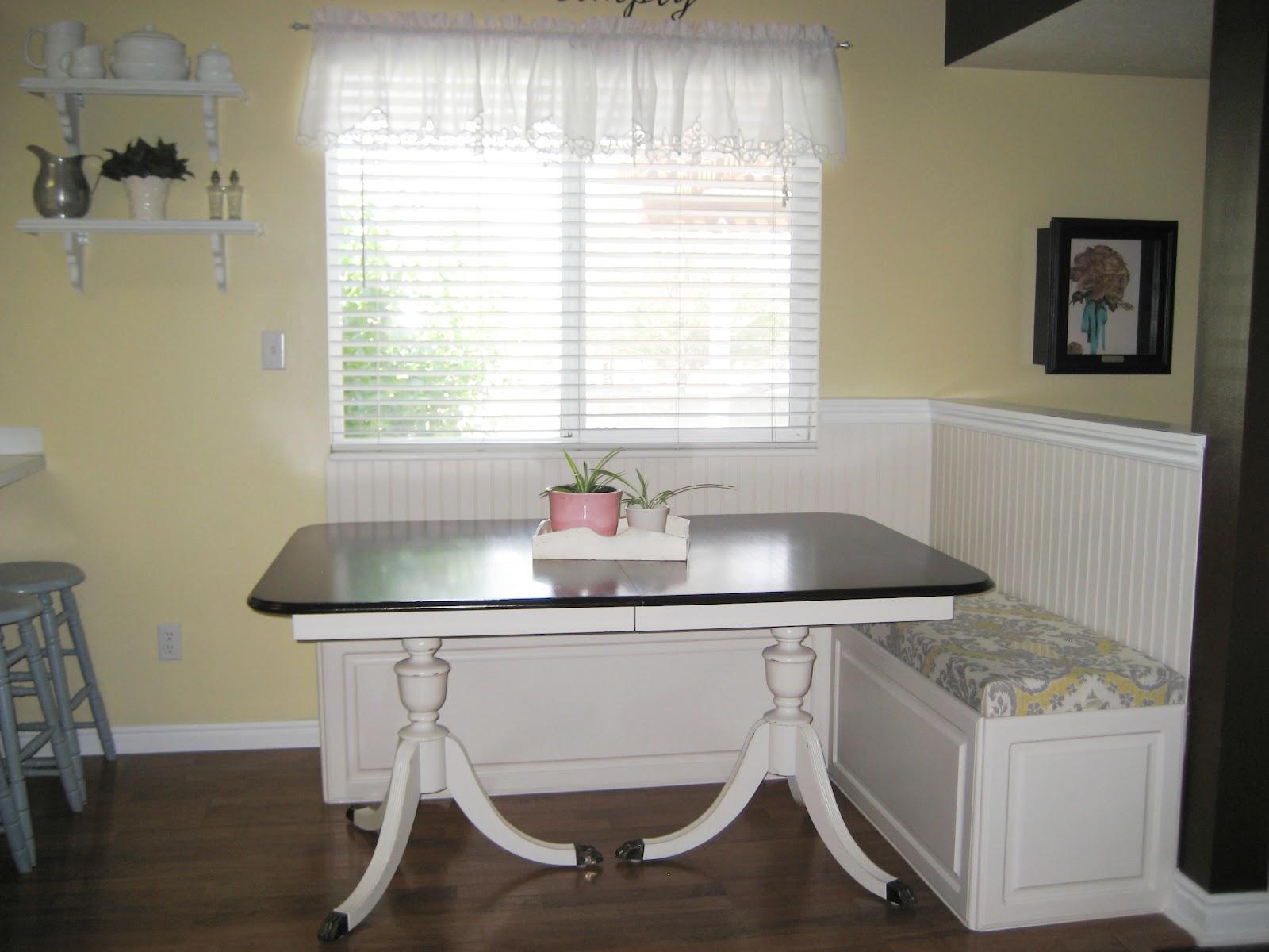diy breakfast nook with storage diy woodworking projects. Black Bedroom Furniture Sets. Home Design Ideas