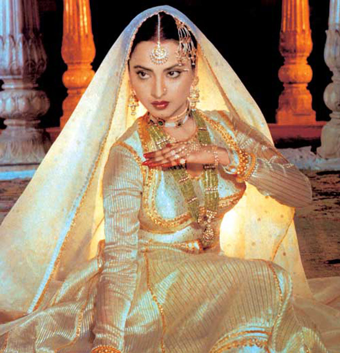 Rekha Pictures 500 Collection Hd Wallpaper