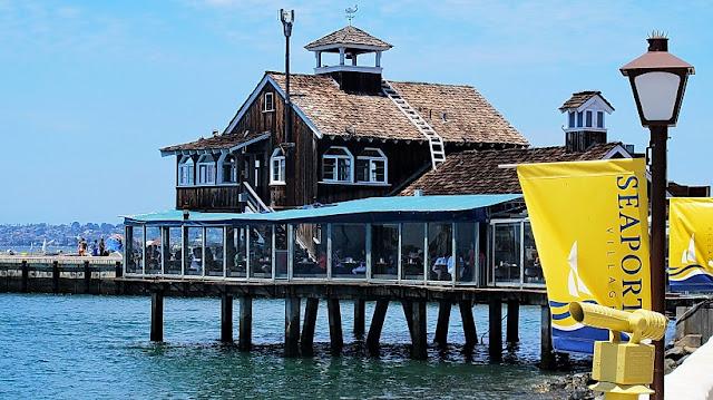 Restaurantes no Seaport Village em San Diego