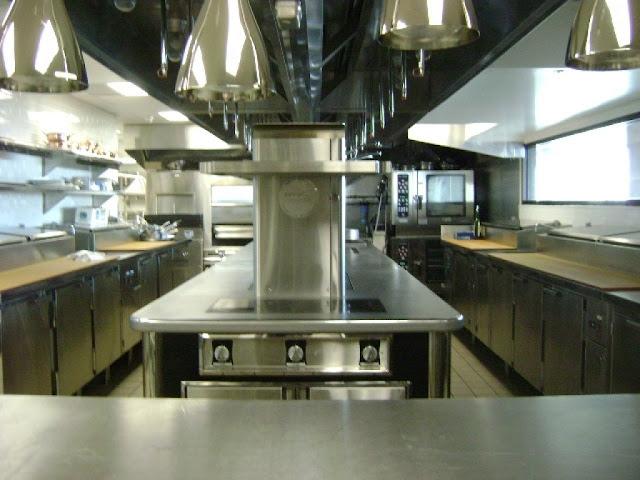 Mẫu thiết kế bếp công nghiệp BCN-0242