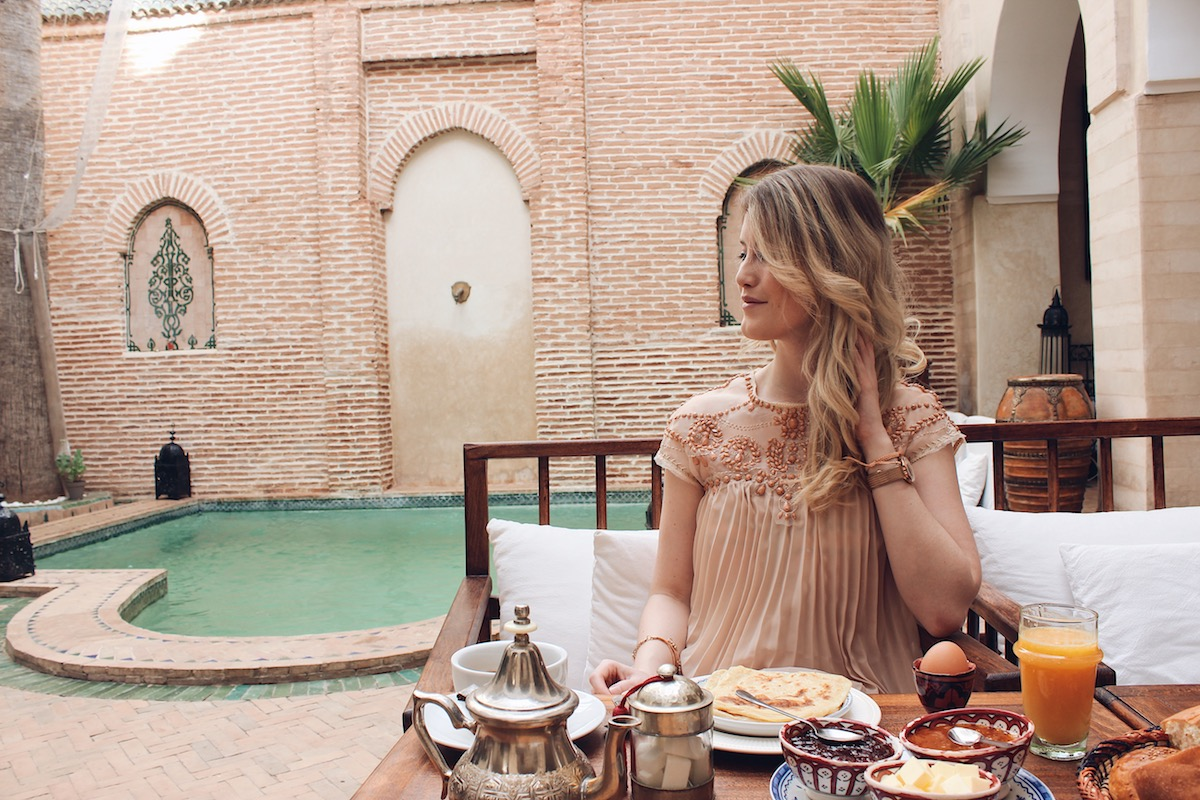 Marrakesch schönste Riads preiswerte fotogene Riads Instagram Travel Diary TheBlondeLion Erfahrungsbericht Riad O2 Riad Amira Riad Jardin Secret Riad K mehr auf http://www.theblondelion.com/2018/03/schone-preiswerte-riads-marrakesch.html