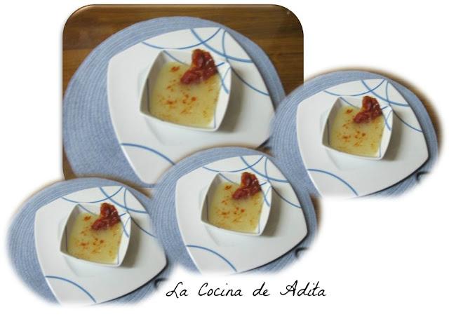 Sopas de jamón con tapioca, y crujiente