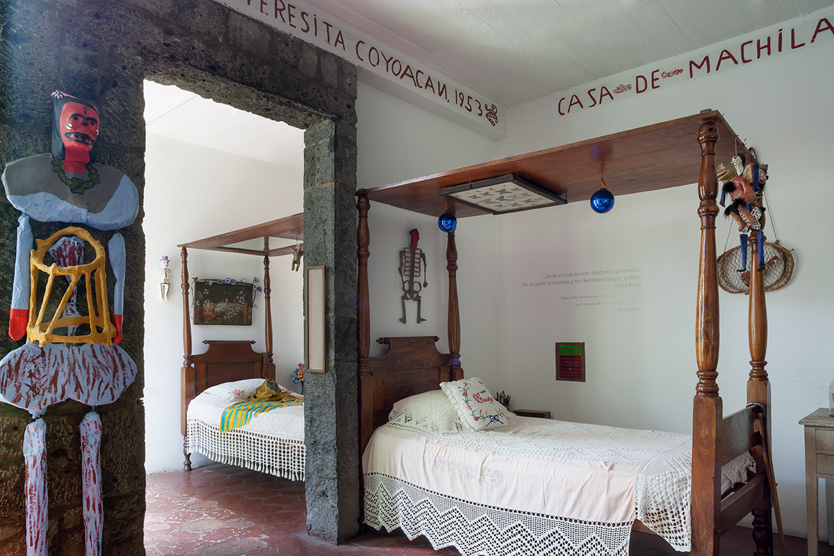 Arte De Mexico Beds Moon To Moon La Casa Azul The Home Of Frida Kahlo