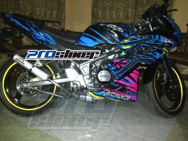 Modifikasi Motor Ninja RR Warna Biru