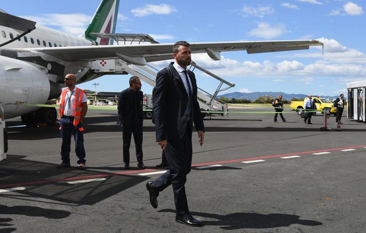 "Barzagli: ""Ludilo je kritikovati Buffona"""