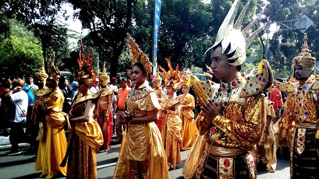 kostum pawai obor asian para games 2018