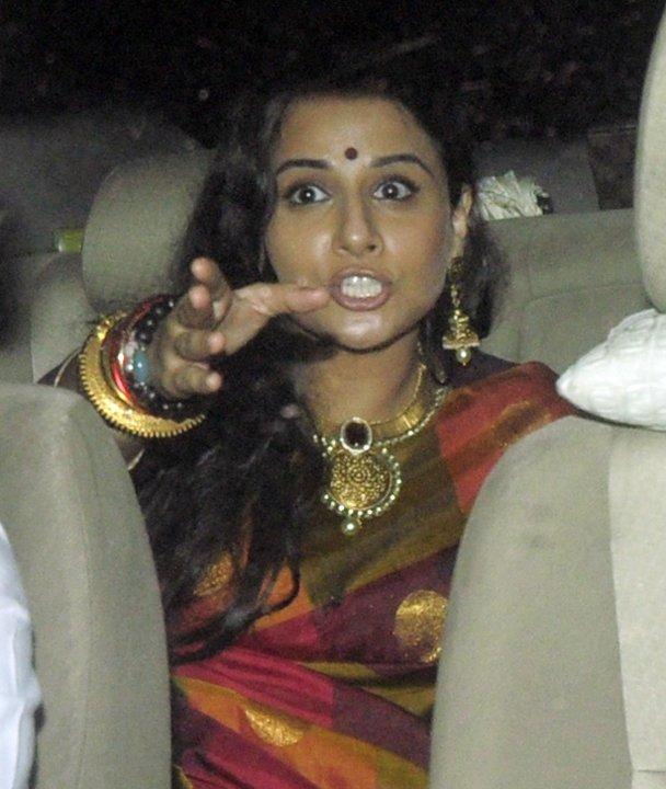 Most Awkward Bollywood Vidya Balan Poses