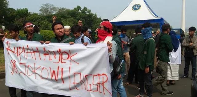 Istana Didemo Mahasiswa, Menuntut Jokowi Lengser
