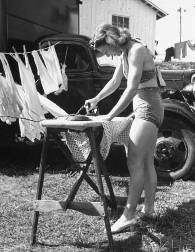 vintage housework pics
