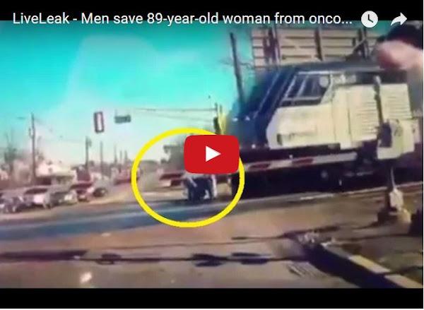 Así salvaron a una anciana de ser atropellada por un tren
