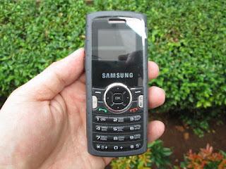 hape outdoor Samsung SGH-M110 baru