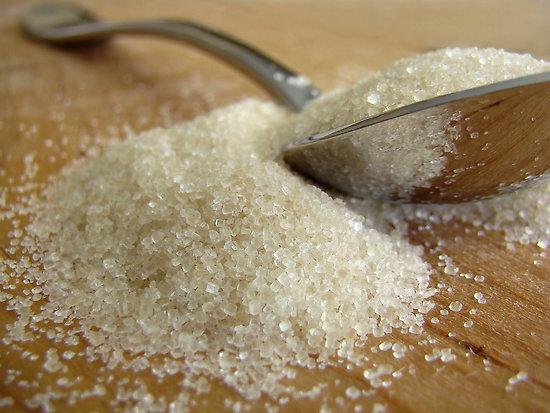 Como borrar las estrias naturalmente con azucar como se - Como se quitan las manchas de aceite ...