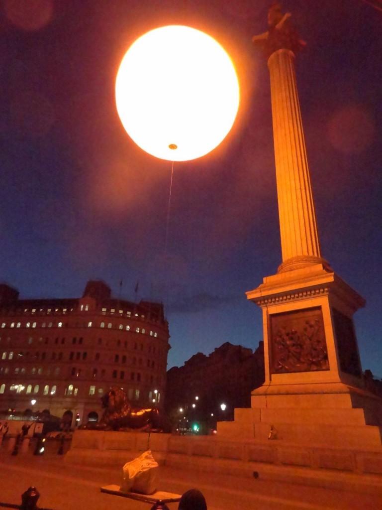 fake sun rose over london for Tropicana