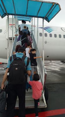 Pengalaman pertama membawa balita dan bayi naik pesawat