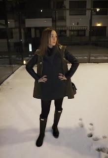 http://conndenoemi.blogspot.com.es/2015/01/negro-verde-gris-y-el-blanco-mis-pies.html