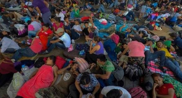 Recibe Segob más de mil solicitudes de asilo de Caravana Migrante