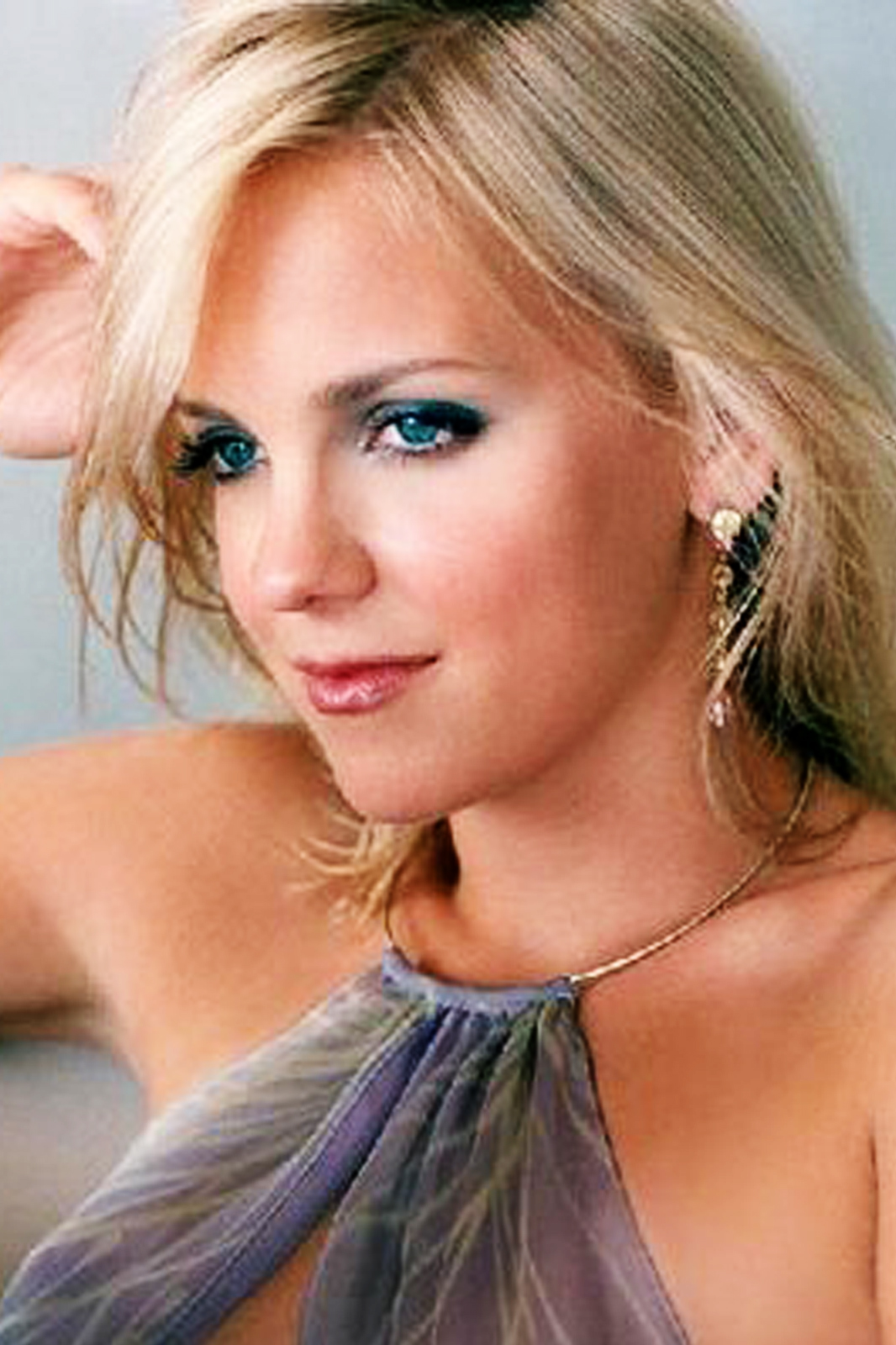 Anna Faris Pictures HD...