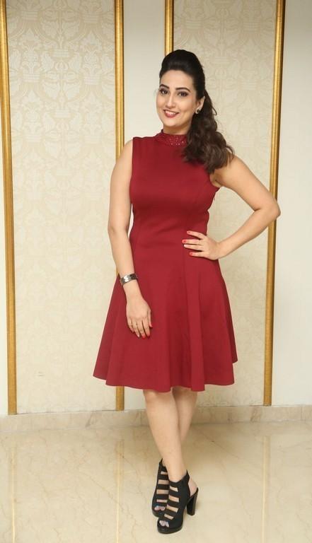 Telugu Tv Anchor Long Legs Thighs Stills Manjusha
