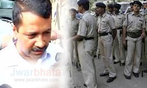powerless chief minister