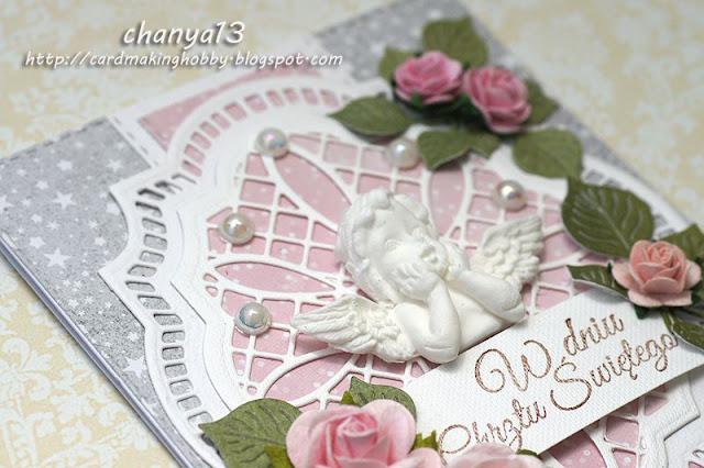 główna ozdobą kartki jest aniołek z masy plastycznej