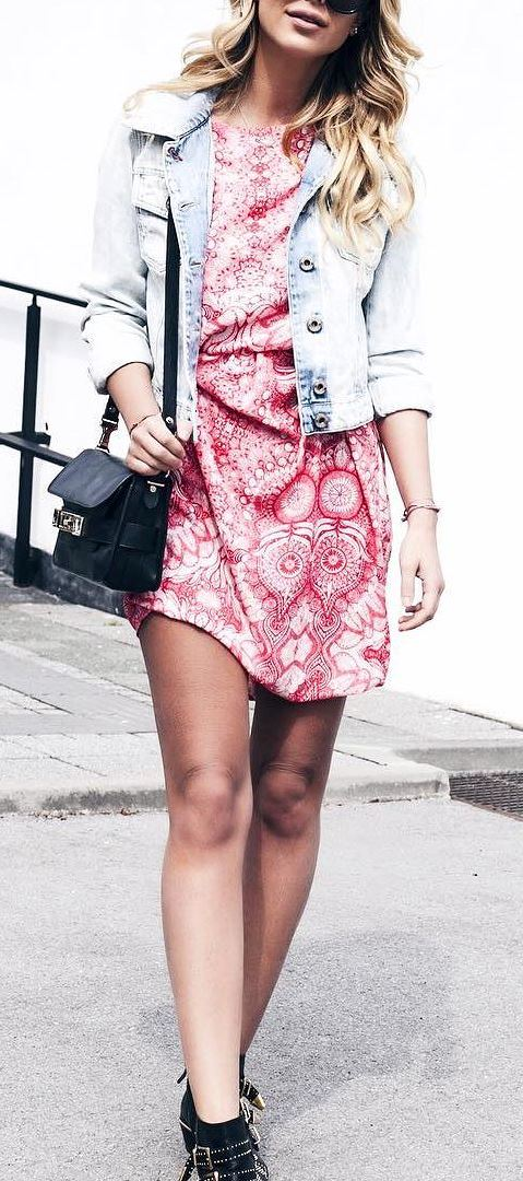 cute casual style: denim jacket + bag + dress