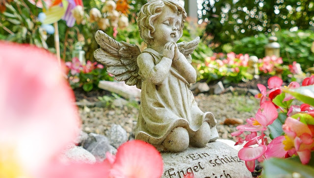 Image: Baby Angel in the Cemetary, by Dominic Winkel on Pixabay
