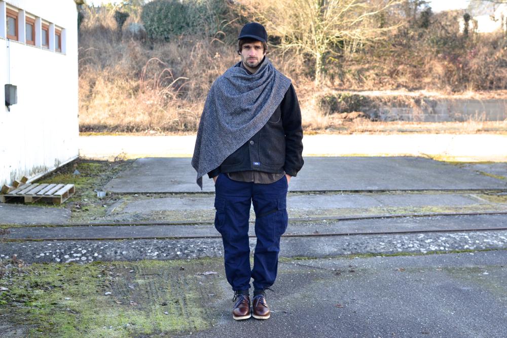 idée de layring dans un look homme avec des inspirations venues du workwear japonais Engineered Garments