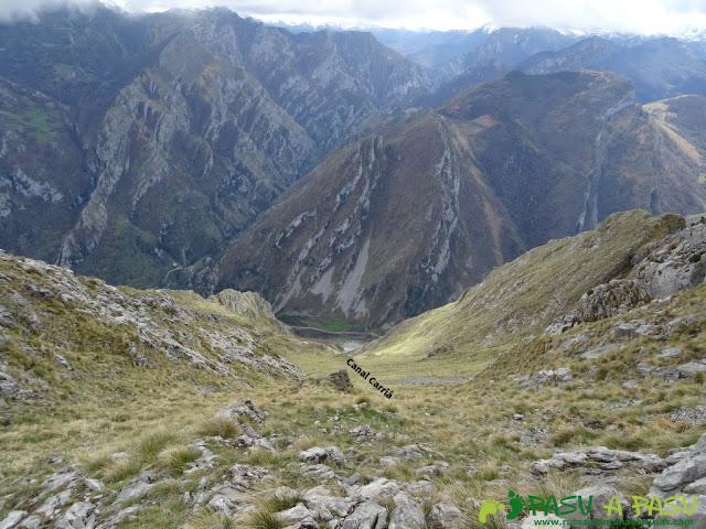 Pico Carriá desde San Ignacio: Canal de Carria desde su parte alta