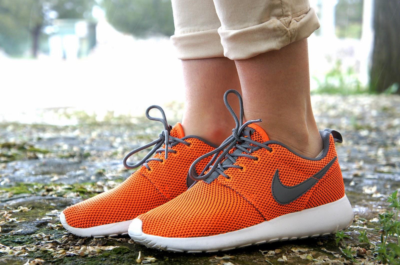 Le mie nuove Nike Roshe Run arancio fluo - Inside Me af3630aa72e