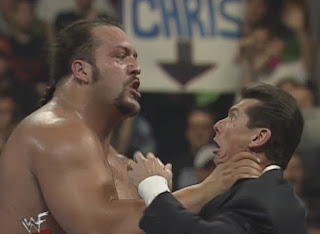 WWE / WWF Wrestlemania 15: Big Show threatens to choke out Vince McMahon
