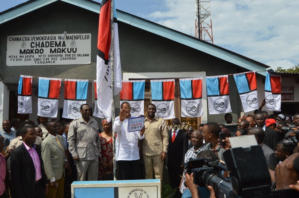 Polisi Yapata Kigugumizi Upekuzi Ofisi za Chadema