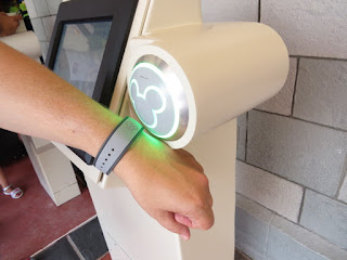 Face Recognition, Universal's Response to Disney's MagicBand.