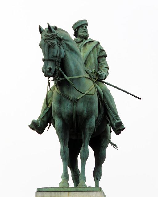 Monument to Giuseppe Garibaldi by Ettore Ximenes, Largo Cairoli, Milano